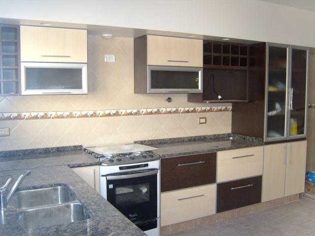 Gabinetes de cocinas de melamina for Planos de muebles de cocina en melamina